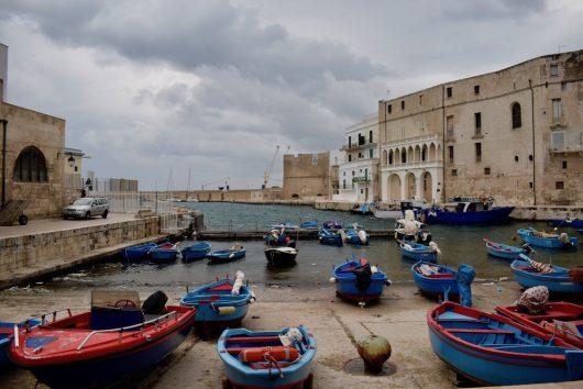 Tarallucci e Puglia - Porto vecchio Monopoli